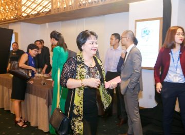 https://www.aravietnam.vn/wp-content/uploads/2017/08/VIET-NAM.-Annual-Report-Awards.25-7-2017-110-2.jpg