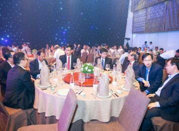 https://www.aravietnam.vn/wp-content/uploads/2017/08/VIET-NAM.-Annual-Report-Awards.25-7-2017-176-3.jpg