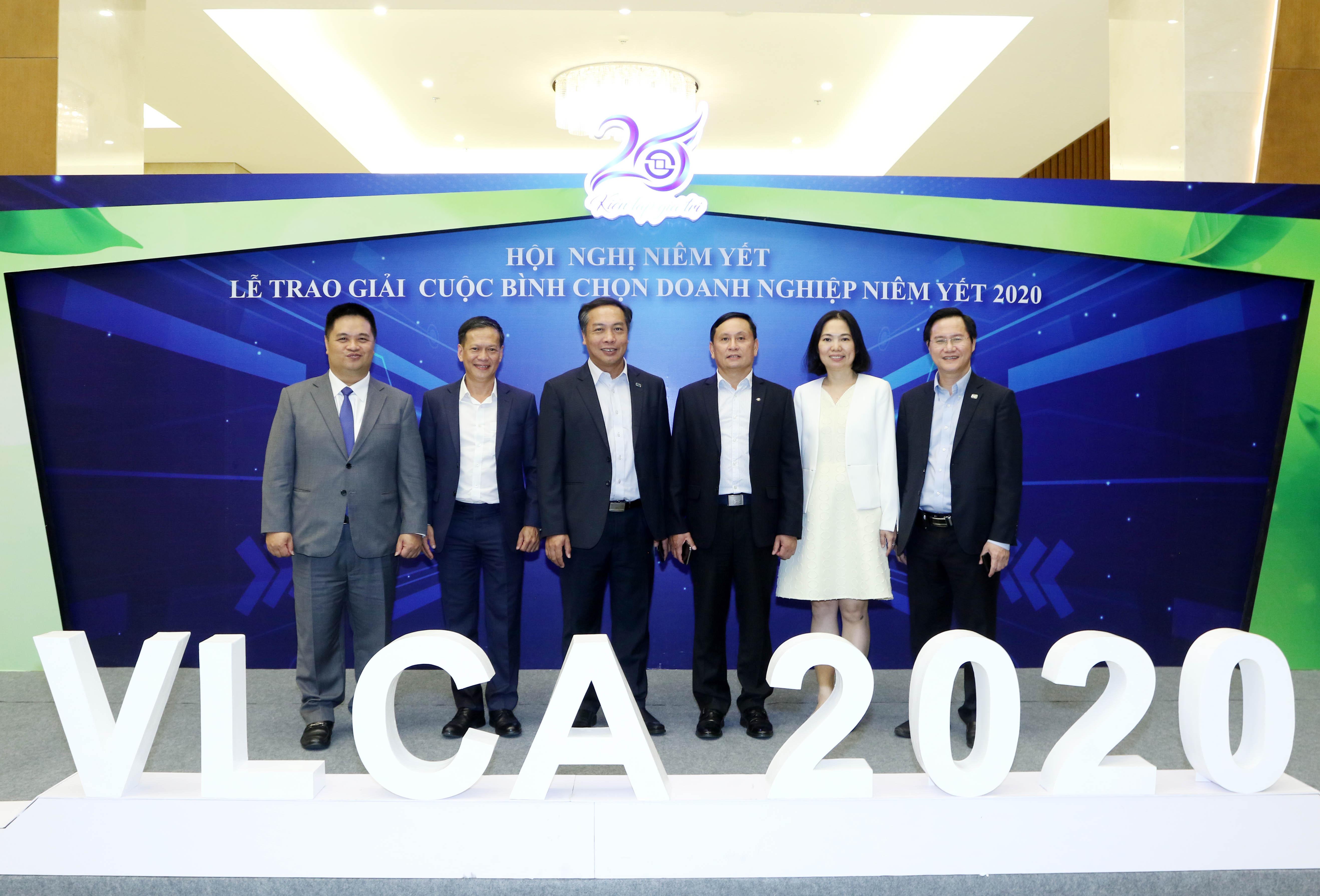 https://www.aravietnam.vn/wp-content/uploads/2020/12/2F0A9457.jpg