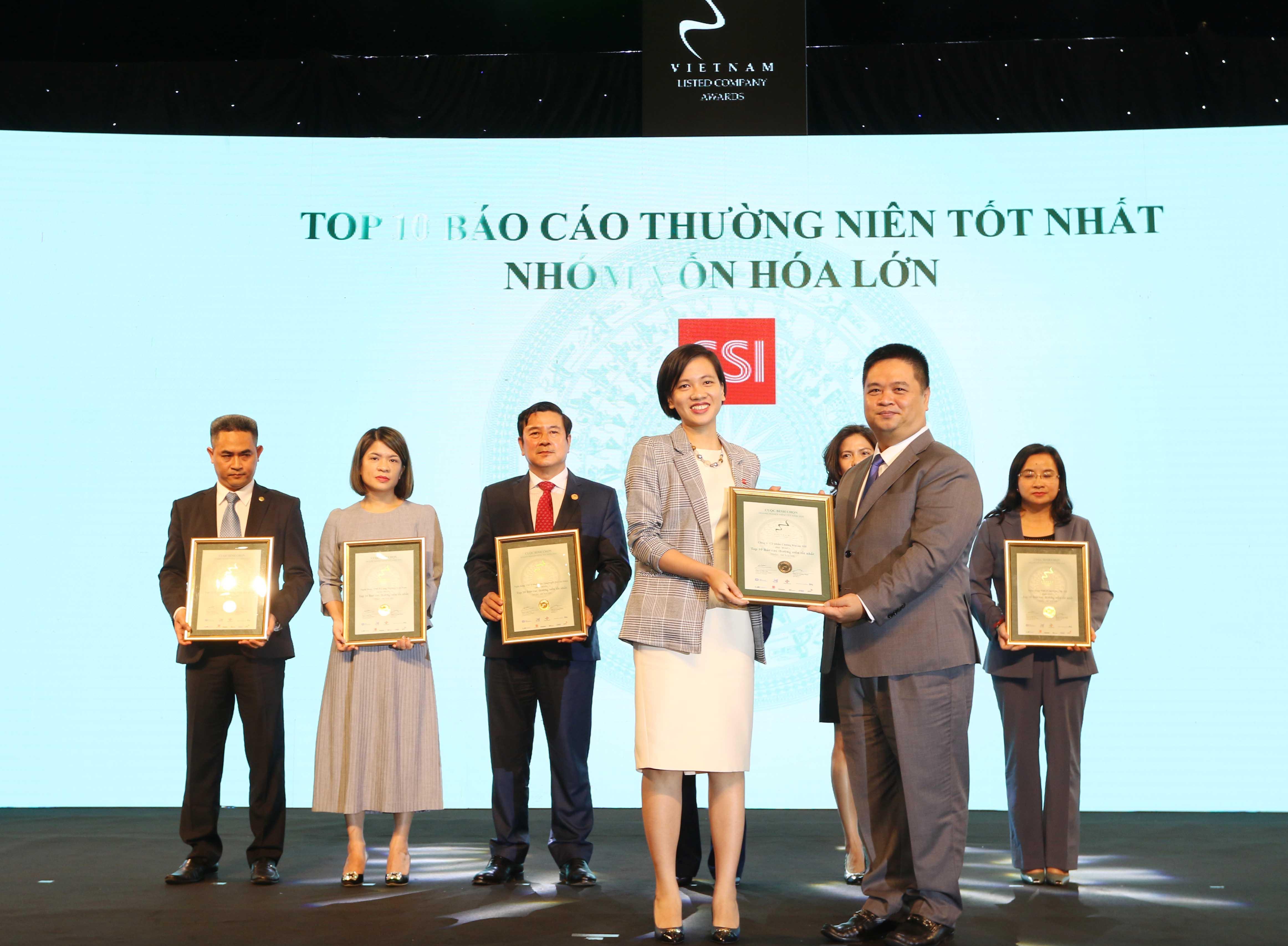 https://www.aravietnam.vn/wp-content/uploads/2020/12/33_Dại-diện-SSI-nhận-TOP-10-DNNY-nhóm-vốn-hóa-lớn-có-BCTN-tốt-nhất.jpg