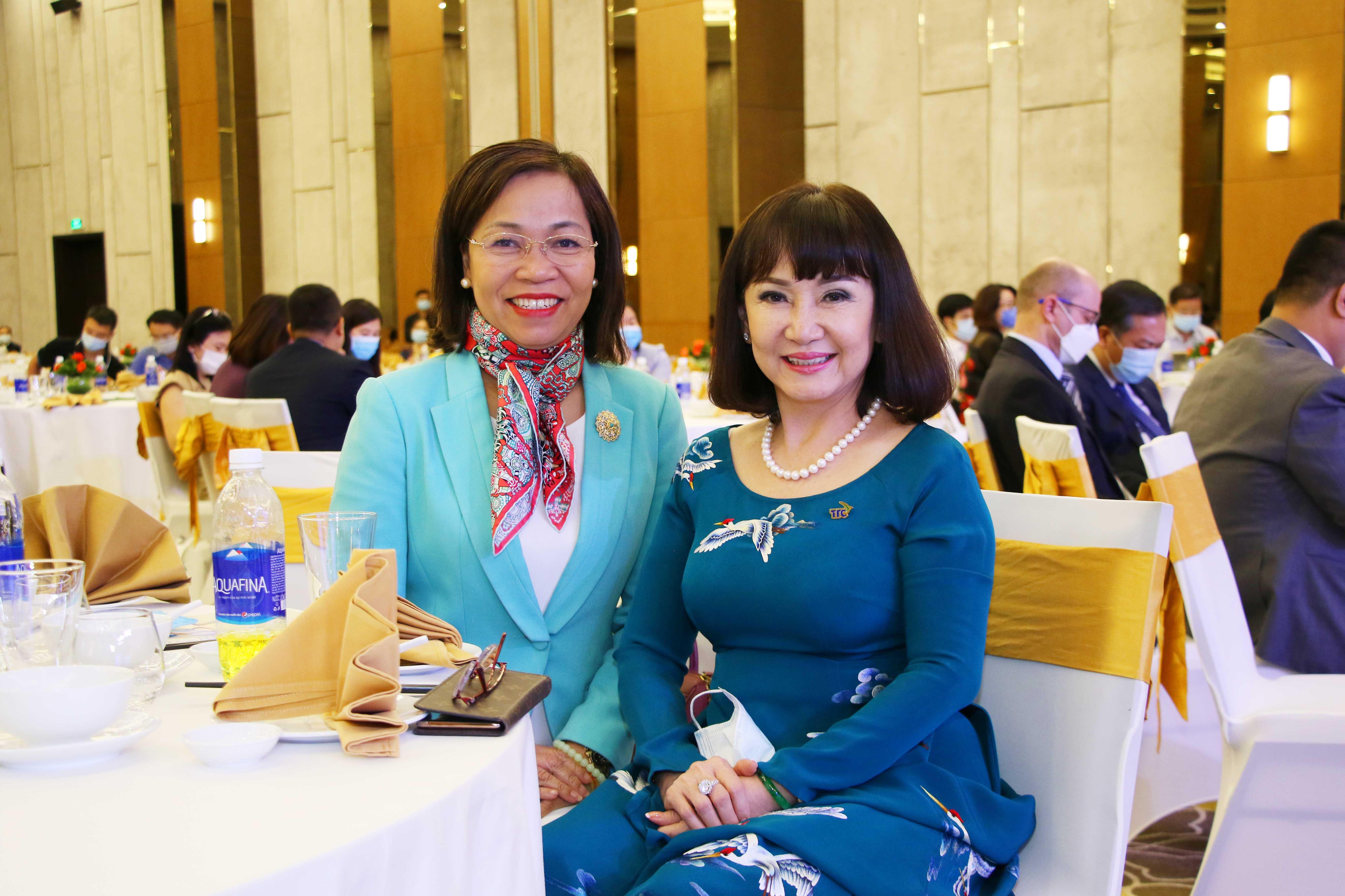https://www.aravietnam.vn/wp-content/uploads/2020/12/6_Các-doanh-nghiệp-và-các-công-ty-kiểm-toán-cùng-tham-dự..jpg