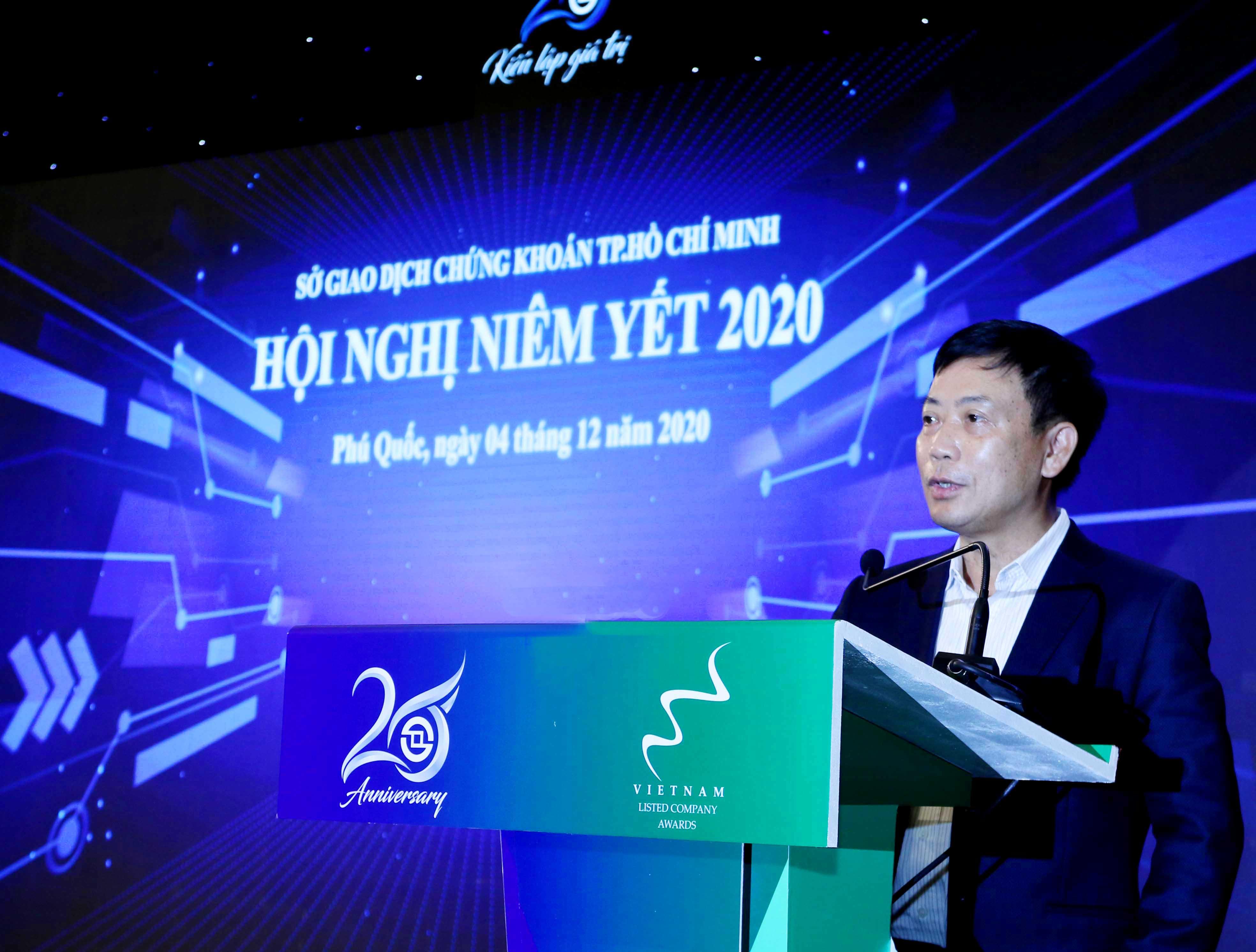 https://www.aravietnam.vn/wp-content/uploads/2020/12/8_Ông-Trần-Văn-Dũng-Chủ-tịch-Ủy-ban-Chứng-khoán-Nhà-nước-phát-biểu-chỉ-dạo-của-Lãnh-dạo-UBCKNN..jpg