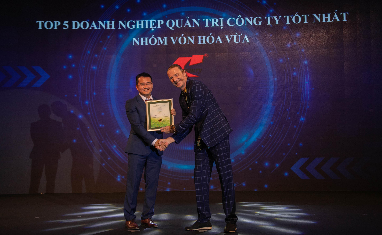 https://www.aravietnam.vn/wp-content/uploads/2020/12/IMG_8930.jpg
